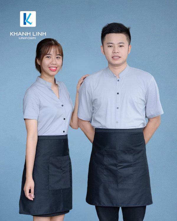 Đồng phục phục vụ nhà hàng áo sơ mi xanh nhạt tạp dề ngắn 4